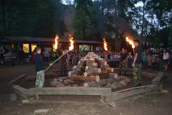 Letní dětské rekreace - oheň